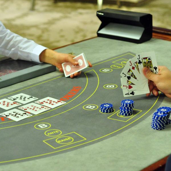 Kuidas korraldada pokkeriõhtu